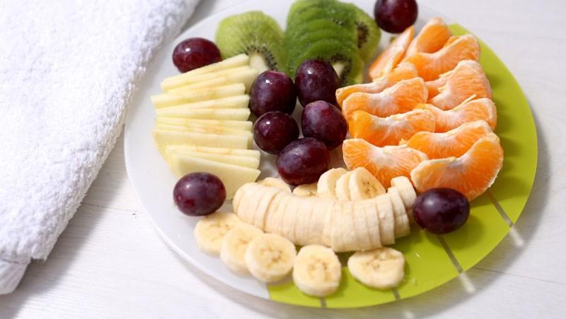香蕉、橘子、葡萄...水果太甜不敢吃?營養師說清楚:控血糖這樣吃就對了!