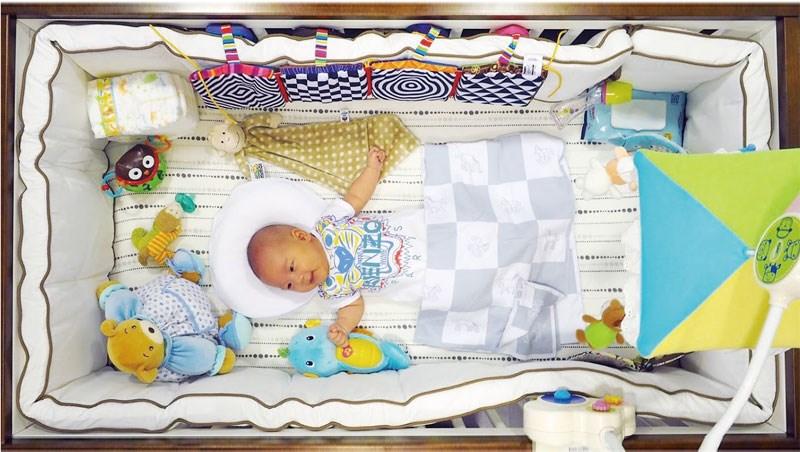 別讓嬰兒床變成寶寶的「絕命終結站」!小兒科醫師的10個忠告,尤其別再用這種床了