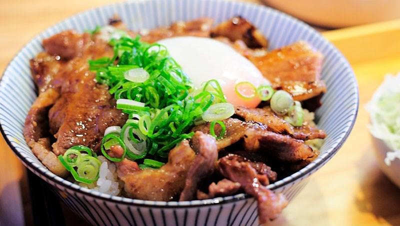 牛肉麵、燒肉丼...減肥通通都能吃!歐美正夯「5:2輕斷食」,7日外食菜單大公開