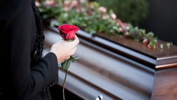 台灣告別式冗長又沒意義...葉金川:我期望一場「以亡者為主角」的葬禮