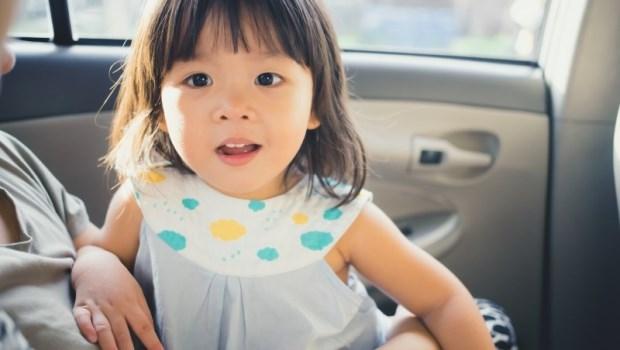 開車時,阿公阿嬤的大腿是最危險的地方!這是一段兩百公尺路程,孩子卻回不了家的難過故事