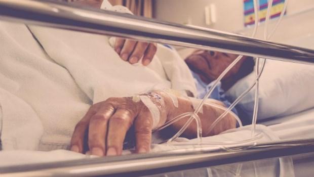 家醫科醫師告白:隱瞞癌末真相,爸爸到人生最後一刻都在努力,是我一輩子的遺憾