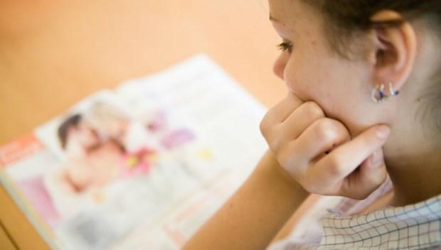 老師教自慰可以嗎?性治療師:小學生已經會好奇「A片裡的女生怎麼會噴水?」