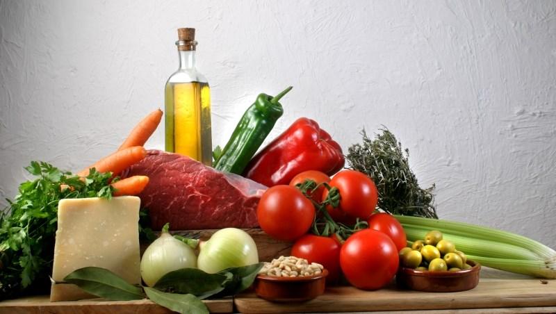 每天喝一包鋁箔包飲料,死亡率增7%!美國營養學期刊盤點:12類食物與死亡風險關係大集合
