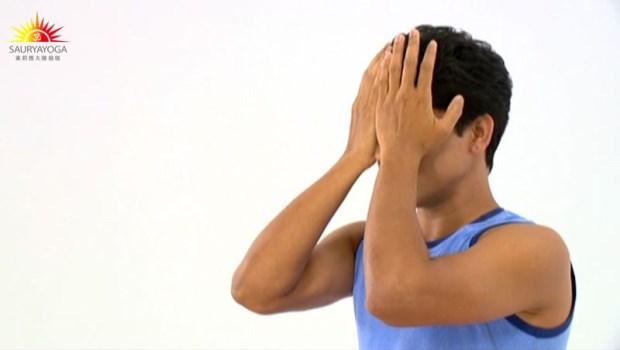 有這3個症狀,就是眼球拉警報!印度瑜珈冠軍:5招眼睛瑜珈,淨化雙眼消除痠乾澀
