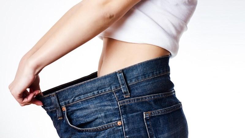 便祕、水腫、脹氣...小腹凸分4種!中醫師教你對症「穴道按摩法」,讓你輕鬆甩掉肥肚肚