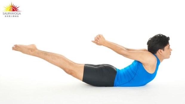 腹肌就是脊椎的靠山!一招「鱷魚式」擊退鮪魚肚,消除贅肉,有效預防脊椎側彎