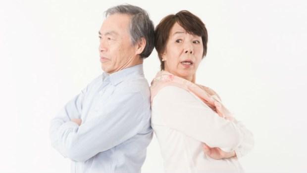離婚後,財產歸零的悲慘故事聽多了!精神科醫師:熟年離婚不過是共享貧窮罷了