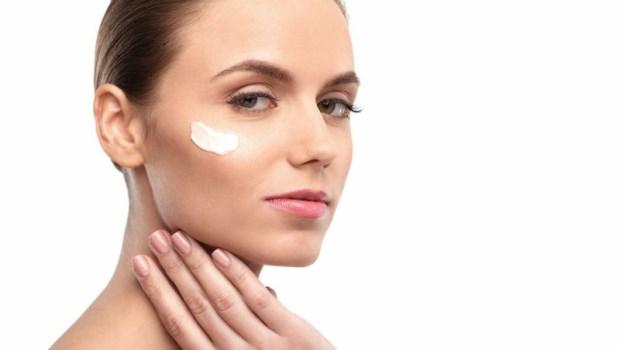 保養品公司沒告訴你的祕密:其實,大部分的人都不需要眼霜