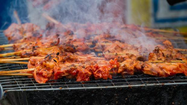 台大化工博士:別被媒體誤導!中秋烤肉的確可能致癌,但沒這麼嚴重啦~