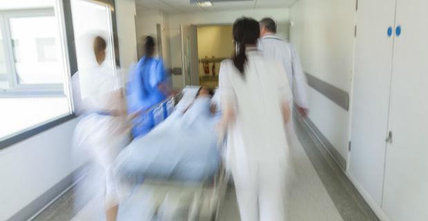 「你們不要再救他了」林醫師的太太哭跪著拜託...一位急重症醫師最心痛的急救