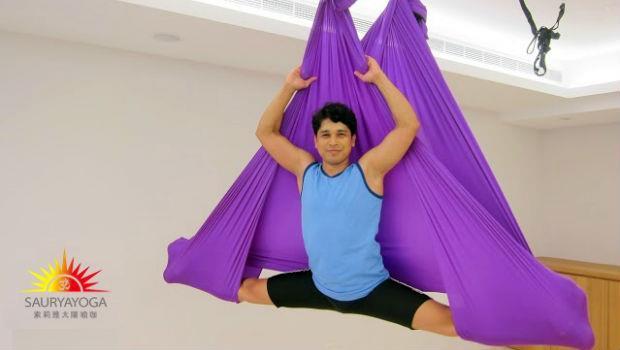 運用地心引力幫你伸展全身!「空中瑜珈」能按摩內臟、拉長脊椎,整個人年輕10歲