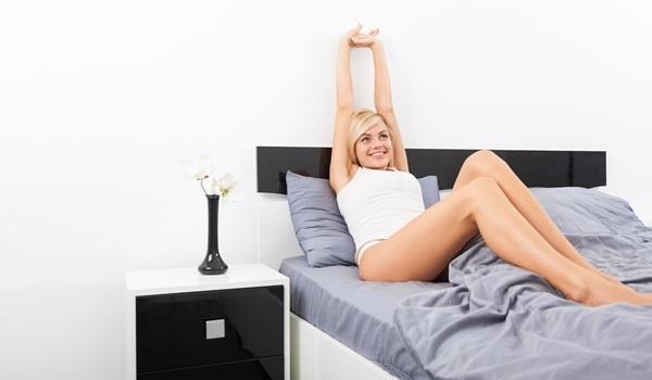 起床後,平躺抬腿30公分!讓你不依靠藥物也能養成「快便」體質