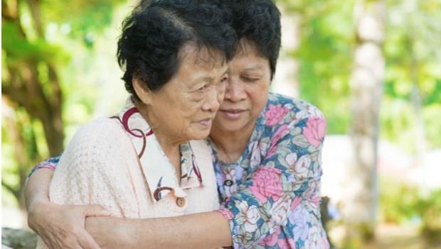 5個老人就有1個憂鬱症...台灣老人自殺率第一!爺爺奶奶「心情不好」跟「身體不適」一樣危急