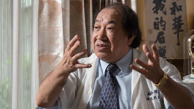 台灣第一名良醫傳奇》國小畢業卻連ㄅㄆㄇ都不會的自閉男孩,竟被「眼科醫師」治好了