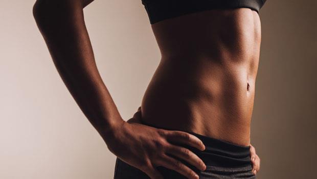 其實「六塊肌」一直都在你的身體裡!健身教練:做對4件事,腹肌自然而然就出現