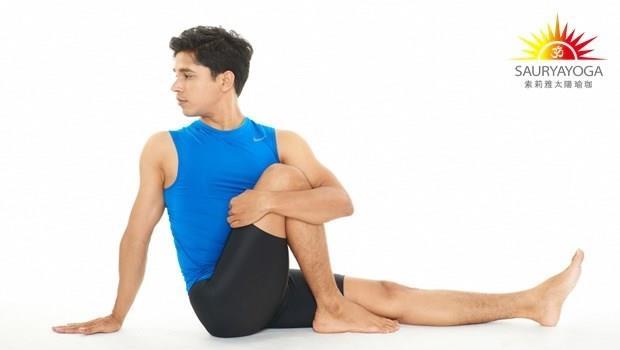 只要扭轉身體就能瘦!每天深度扭轉3分鐘,消便祕、讓肚子不堆油