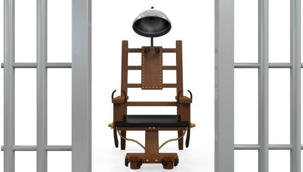 比絞刑更殘忍!血管爆破、皮膚燒焦...生人火烤的「電椅死刑」竟是愛迪生發明的