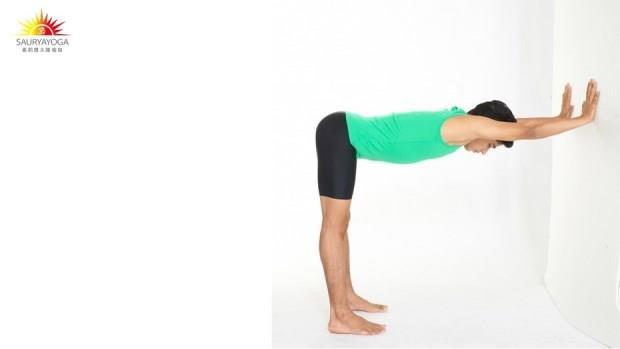 拉開沾黏的五十肩!一個動作,每天練習3分鐘,讓肩膀關節恢復靈活