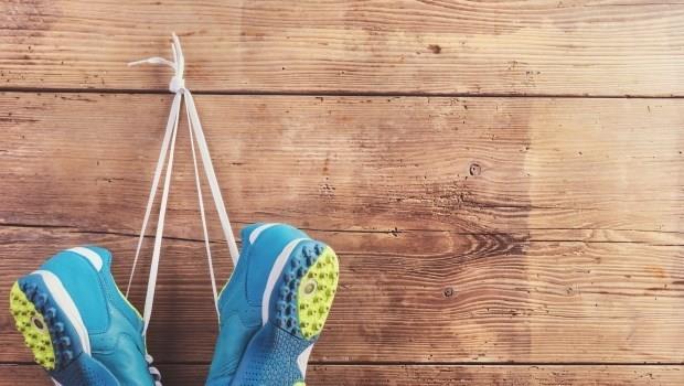 練習鞋、路跑鞋、馬拉松鞋,請問跑操場我該買哪一種鞋?