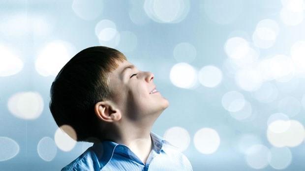 「沒有人發現我是清醒的...」12歲一場怪病,他被當作植物人困在身體裡整整11年