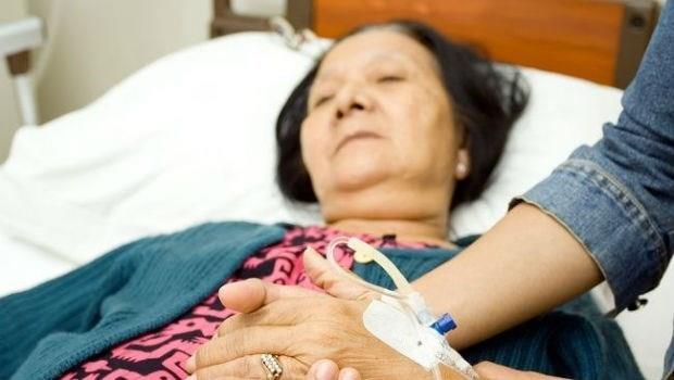 「不要放棄,加油!」一個安寧醫師的叮嚀:面對癌末病人,不該說的3句話
