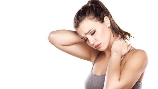 淋巴液不順暢,身體就容易僵硬覺得重!10分鐘「淋巴按摩術」,把毒素疲勞排光光