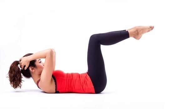 全身肌肉都練到!7個核心肌群動作,讓你第一次健身就上手
