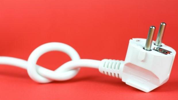 把電線「綑成一圈」是非常危險的事,容易發生火災,是真的嗎?
