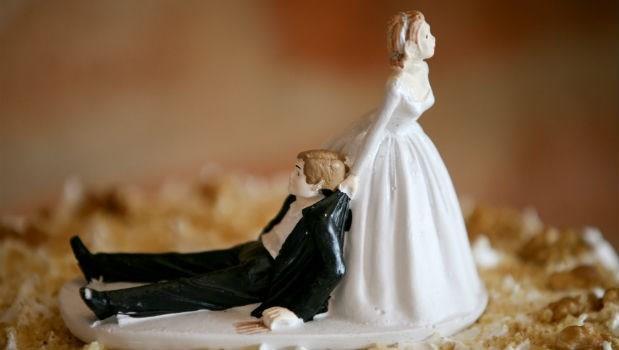 婚禮前夕把表妹的未婚夫搶過來,40年後超後悔...一見鍾情毀我一生!