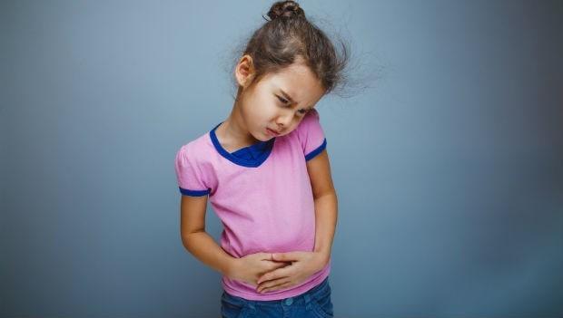 孩子突然劇烈腹痛,該怎麼辦?