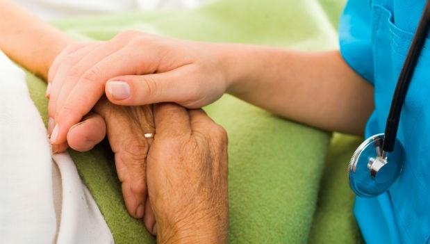 安寧醫療≠等死!「安寧緩和療護」常見的3大迷思