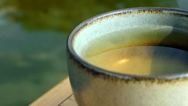 夏天喝冷泡茶,營養師教你這樣泡,兒茶素多20%,抗氧化又防癌!