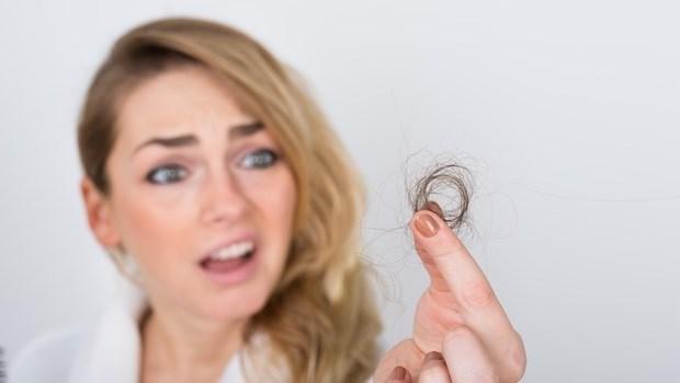 秋天掉髮是春天的3倍!3個錯誤觀念,難怪頭髮稀疏又乾燥