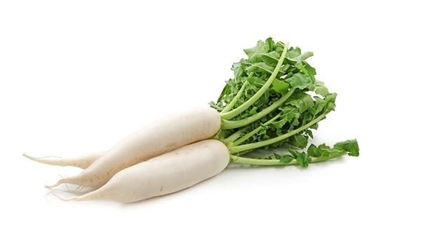 「蘿蔔葉」別丟,放進湯裡煮有神奇功效!淨化血液、改善經痛...女生該多吃的9種食材