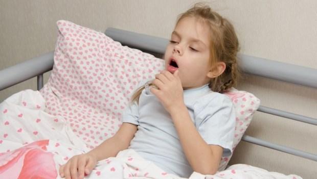 想吃的話也可以餵布丁!營養師告訴你:孩子感冒怎麼吃才好得快