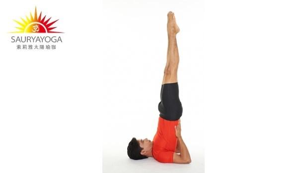 一個動作練全身!每天「肩立式」3分鐘,減少心臟壓力、靜脈曲張、讓身體逆齡