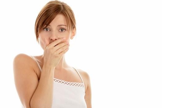 說不出口!只是咳嗽、打噴嚏,怎麼突然就漏尿了?泌尿科醫師教你如何改善