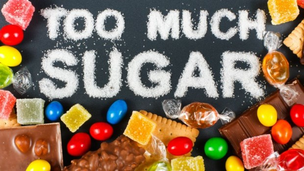 大家都說「 癌細胞愛吃糖」,但不吃糖真能餓死癌細胞?醫生怎麼說...