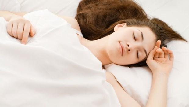 7大荷爾蒙都在這時間分泌!睡好覺就能排毒燃脂抗發炎,讓身體回春