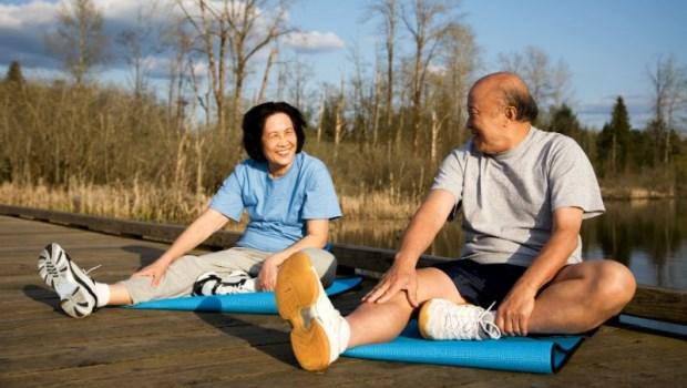 吃得下盡量吃!台大醫師告訴你:為何想長壽,老人胖一點比較好