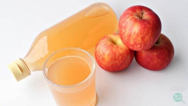 別傻了!「喝醋養生」不能改變身體的酸鹼性,但有這兩個好處...