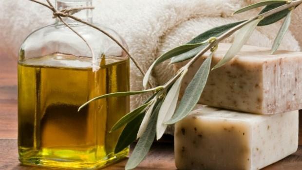 「橄欖渣油」做手工皂,真的很黑心嗎?台大化工博士:破解橄欖油不能說的秘密