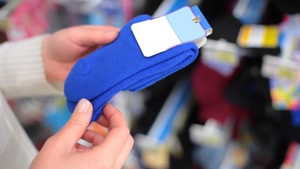 標榜「除臭襪」其實可能是「藥水襪」?20年製襪達人揭開產業秘辛