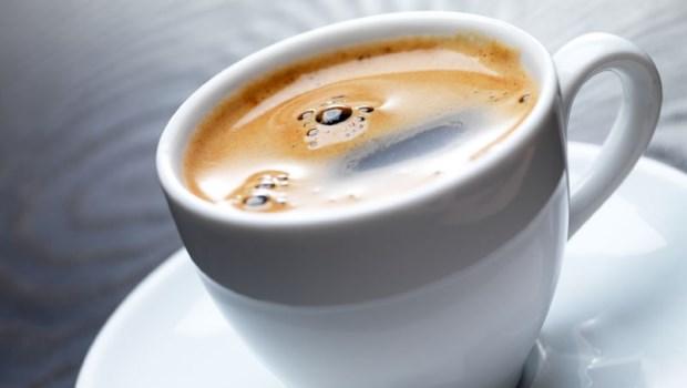秋冬才是最棒的減肥時機!「喝咖啡」就能降低食欲,4秘訣讓你甩油輕而易舉