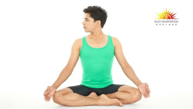 肩頸硬梆梆?2個動作「轉轉操」,解除關節僵硬,擺脫痠、痛、麻