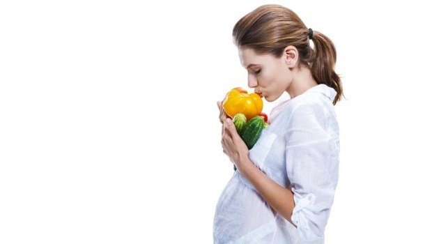 葉酸、益生菌、鈣片...吃對時間才有效!婦產科醫師教你正確「一人吃兩人補」