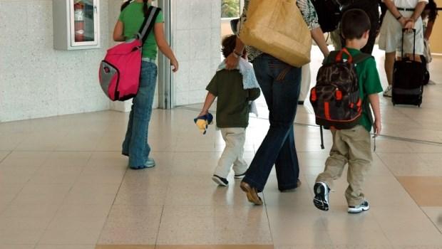 小兒科醫師提醒:帶孩子出國玩,父母應該要帶到的5種備藥