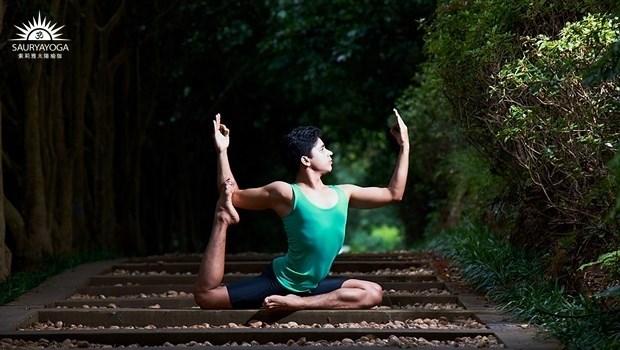 久坐屁股好僵硬?一個動作自療「坐骨神經痛」,完全伸展臀部最深層的梨狀肌