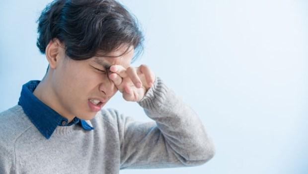 眼睛怕風畏光...原來是乾眼症!用自己的血做「血清淚液」,拯救破皮眼角膜